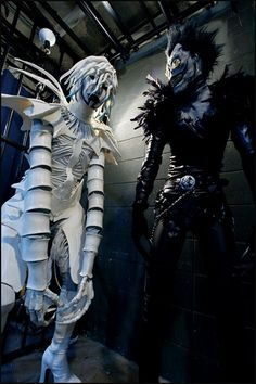 Death Note  Shinigami  Ryuk  Rem  cosplay---Holy shit that is crazy