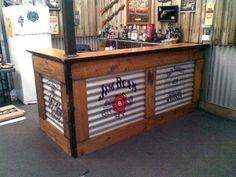 Home bar ideas industrial man cave with design style also corrugated metal Bar Patio, Backyard Bar, Backyard Ideas, Billard Bar, Deco Restaurant, Outside Bars, Pallet Bar, Bar Designs, Man Cave Bar