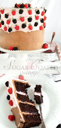 Raspberry Chocolate Cake Recipe - The Sugar Coated Cottage deep chocolate cake raspberry filling Chocolate Cake Raspberry Filling, Raspberry Buttercream, Tasty Chocolate Cake, Chocolate Buttercream, Buttercream Cake, Frosting, Yummy Treats, Delicious Desserts, Sweet Treats
