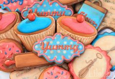 Vintage Baking Cookies and Cupcake Tutorial from Lila Loa