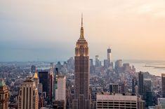 New York City'de Görülmesi Gereken Yerler, New York City, Amerika'nın ve dünyanın en çok turist çeken metropolitan şehirlerindendir. İşte New York City'de Görülmesi Gereken Yerler in mini bir listesi.