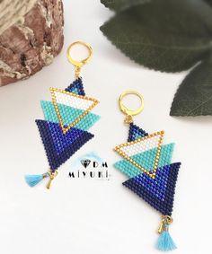 Mavisiz olur mu hiç 🤗💙 Yeni model 💙 Design & Photo 📸 👉🏻Dm miyuki • ⚡️ Bilgi için Dm 📲ulaşabilirsiniz ✨ • • • #miyuki #love #küpe #takı #bracelet #jewelry #aksesuar #accessories #design #handmade #trend #fashion #elemeği #tasarim #happy #instalove #like4like #art #beautiful #colorful #instagood#instadaily #photooftheday #picoftheday #instalove #taki #style#today #beauty #mavi #blue