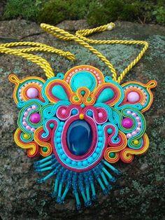"""Niepowtarzalna nietuzinkowa biżuteria sutasz-moje życie moja miłość: """"rainbow butterfly paradise"""" wisior"""