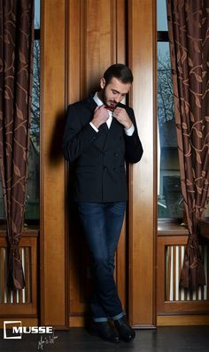 Christmas outfit >> www. Christmas Time, Mens Fashion, Outfits, Style, Moda Masculina, Swag, Man Fashion, Suits, Fashion Men