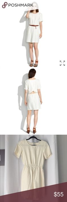 "Madewell Scenic View Dress Adorable lightweight ivory dress with subtle texture design and slight cutout back for added style! Has pockets. Excellent condition- no stain or tears. Bust is 34"" and length is about 33"". Madewell Dresses"