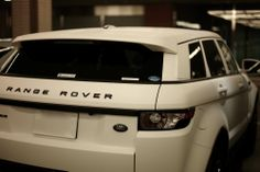 White is still my fav colour ROVER EVOQUE MATTE WHITE