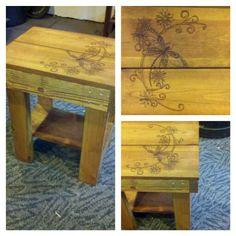 Small table w/ woodburn art. For sale $50 call Jon (916)-599-0792 Pallet Furniture For Sale, Outdoor Furniture, Outdoor Decor, Homemade Tables, Sale 50, Small Tables, Wood Burning, Good Things, Diy