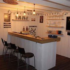 Home Bar Rooms, Home Bar Areas, Diy Home Bar, Modern Home Bar, Home Pub, Terasse Bar, Home Cocktail Bar, Garden Bar Shed, Building A Home Bar