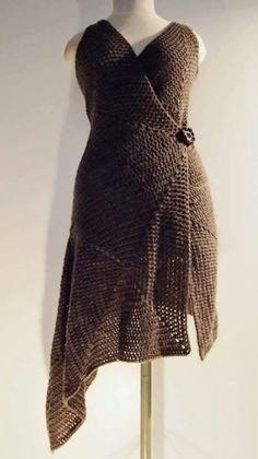 Free Crochet Pattern For Ladies Gilet : 1000+ images about Crochet Gilet, jaquette on Pinterest ...