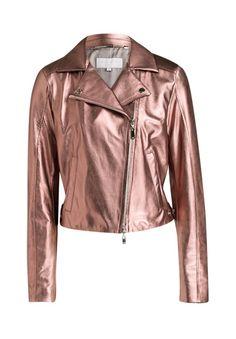 Diese Lederjacke spricht für Individualität und modisches Gespür: Sie zeichnet sich nicht nur durch Ihre moderate Farbe, sondern auch durch Ihre zarte Lammlederqualität aus.