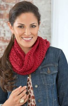 Lacy Cowl Free Knitting Pattern from Red Heart Yarns