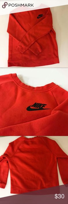 Nike Women's crewneck fleece sweater Used Nike crewneck sweater  True to size  63% cotton 19% polyester  18% rayon  Shipped same day or next day depending on time of purchase.  -New items PRICES ARE FIRM. Offers will be considered for used items -All NIKE products are directly from NIKE. 100% Authentic.100% Authentic. -Bundle items to save More ‼️ Nike Sweaters Crew & Scoop Necks