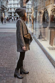 #tendancehiver #fashion #ootd #hiver1718 #manteaugris #manteau #reiko #suncoo #bonnet #ysl #inspi