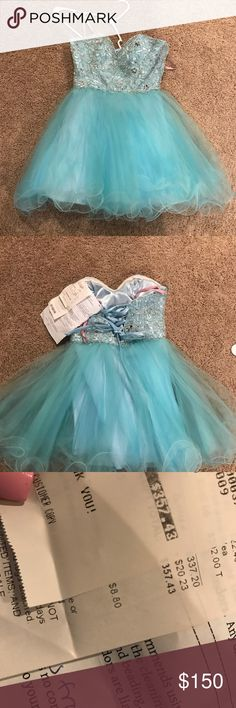 Gorgeous blue prom or homecoming dress I️ paid $357 for this dress! I️t is beautiful and I️ only wore it for one night! Looks brand new . blush prom Dresses Prom