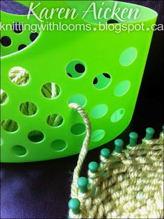I never realized these baskets would be great for this. I like how this yarn is stored. {Knitting With Looms: 'Montery Lime' Hat WIP} Loom Knitting Projects, Loom Knitting Patterns, Yarn Projects, Knitting Needles, Knitting Yarn, Knitting Tutorials, Loom Crochet, Knit Or Crochet, Knitting Needle Storage