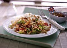 Unser beliebtes Rezept für Asia Noodles mit Erdnusssoße und Garnelen und mehr als 55.000 weitere kostenlose Rezepte auf LECKER.de.
