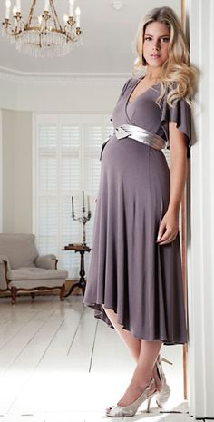 the Japanese have WAY cuter maternity clothes than we do ...