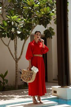 Fashion Tips Dresses gorgeous red dress.Fashion Tips Dresses gorgeous red dress Mode Outfits, Chic Outfits, Dress Outfits, Fashion Outfits, Fashion Tips, Fashion Images, Red Fashion, Petite Fashion, Korean Fashion
