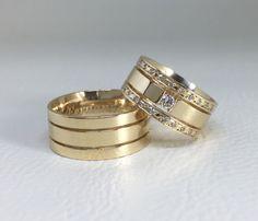 Alianças Trieto ♥ Casamento e Noivado em Ouro 18K - Reisman