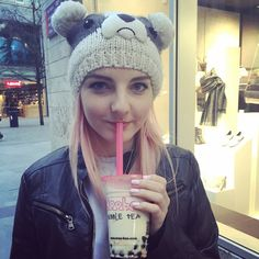 """(FC: LDShadowLady) """"Hi there! My names Lizzie and I'm 21. I love animals, fairy stories, video games, and the weird world of tumblr. I'm also a YouTuber that does gaming videos! Anyways, what's your name?"""""""