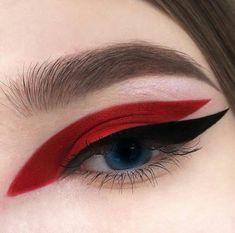 Red and black graphic eyeliner make-up look - - - Eye Makeup tips Eye Makeup Tips, Makeup Inspo, Makeup Art, Lip Makeup, Makeup Inspiration, Makeup Ideas, Makeup Eyeshadow, Plum Eyeshadow, Red Eye Makeup