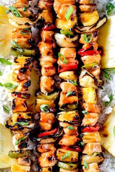 Grilled Hawaiian Chicken Kabobs - this is my new favorite grill recipe! the chicken is so juicy and flavorful and the sweet and sour Hawaiian Sauce (that doubles as a marinade) is out of this world! Chicken Kabob Marinade, Grilled Chicken Kabobs, Chicken Kabob Recipes, Skewer Recipes, Chicken Flavors, Grilling Recipes, Cooking Recipes, Kabob Grill, Grilled Food
