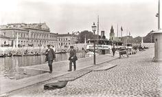 Turku Finland, History Of Photography, Old City, Helsinki, Capital City, Old Pictures, Mythology, Cathedral, Louvre
