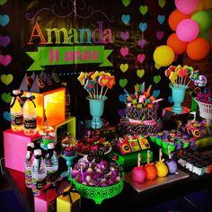 NEON PARTY  11 Anos  Amanda  #sitiovoceeeu #fernandafrazao #festaneon #neonparty #temaneon #festaneonparty #11anosamanda #festainfantil #decoracaoinfantil