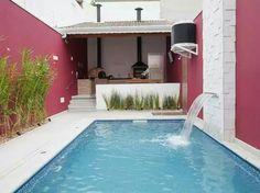 Pool in narrow yard. I'll take it.