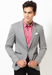Get recognised for your exclusive choice wearing this super-stylish blazer from United Colors of Benetton. This grey coloured blazer is an ideal choice to achieve a casual as well as semi-formal look. Made from polycotton, it is light in weight and will keep you at ease all day long.