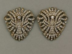 1930s Art Deco rhinestone dress clips set after Trifari, USA - Glitzmuseum