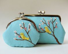 birds on flowering trees purses Embroidery Purse, Frame Purse, Creative Embroidery, Fabric Bags, Little Bag, Handmade Bags, Small Bags, Bag Making, Clutch Bag