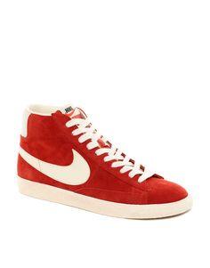 Zapatillas de deporte hi-top de ante Blazer de Nike http://www.asos.com/es/Zapatillas-de-deporte-hi-top-de-ante-Blazer-de-Nike/356dc/?iid=2242938=4209=0=0=200=-1=Red=2=L05pa2UvTmlrZS1CbGF6ZXItTWlkLVN1ZWRlLVRyYWluZXJzL1Byb2Qv#