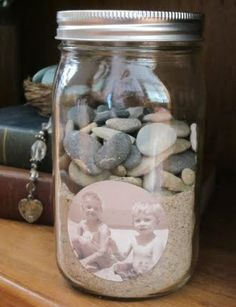 I wish I would have seen this post before the girls' first trip to the ocean.  What a great keepsake!