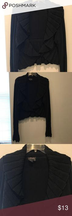 Black Short Sweater SZ XL I love this it's so flattering to all body types especially since it hugs your waist perfectly.  I love the flowy sleeves to.  Has One button in the middle. No flaws. Smoke free Pet Free Fredini Sweaters Cardigans
