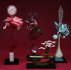 Fantastic sugar work of Stephane Klein.  Especially love the dark rose and wide ribbons of the Raspberry showpiece.