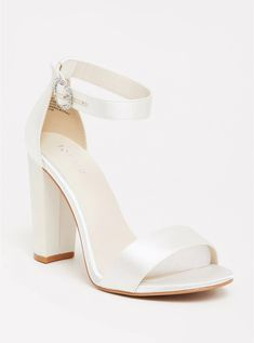 Soft and impeccable satin wraps a favorited high heel silhouette that perfectly pairs from gowns to jumpsuits. Our unique fit gives you extra wide width and extra room around your whole foot. Wedding Shoes Bride, Bride Shoes, Prom Shoes, Shoes Heels, White Wedding Shoes, Bridemaids Shoes, Wedding Shoes Block Heel, Sandals Wedding, Wedding Garters