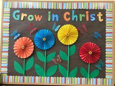 Catholic Bulletin Boards, Christian Bulletin Boards, Summer Bulletin Boards, Preschool Bulletin Boards, Sunday School Rooms, Sunday School Classroom, Sunday School Crafts, Classroom Door, Church Crafts