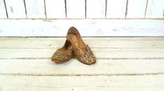On Sale 15% off  - Vintage tan leather metallic thread Indian style flat slipper shoes/Indian design flat sandals