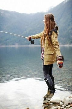Camping Outfits :To the wilderness please. I need her clothes and fly fishing lessons. Fishing Girls, Fly Fishing, Alaska Fishing, Fishing Boots, Women Fishing, Trout Fishing, Saltwater Fishing, Fly Girls, Fishing Hole