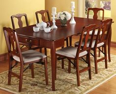 Queen Anne Convertible Folding Table
