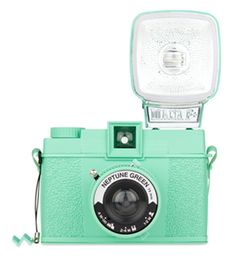 A loving recreation of the original Diana - the legendary 1960s all-plastic cult camera. Lomography Neptune Green Camera. {mint green!}