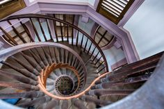 The spiral staircase in the coupola of the Hay House in Macon, GA. Grand Staircase, Spiral Staircase, House Staircase, Georgia Homes, Macon Georgia, Antebellum Homes, Southern Plantations, Plantation Homes, Stairway To Heaven