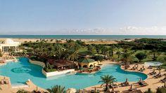 Aux portes de l'antique Carthage, The Residence Tunis allie l'élégance de son architecture arabo-andalouse, plaisirs golfiques et services raffinés d'un Leading Hotels of the World.(Crédit photo DR)