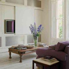 déco de salon en blanc et violet
