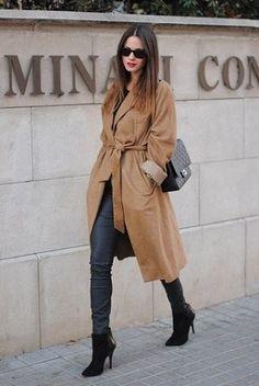 キャメルのガウンコートがおしゃれ♪ガウントレンチコートのコーデ、スタイル・ファッションの着こなし♪