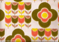 Vintage Pop Tulip 1970's Wallpaper