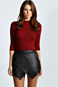 Get hot, trendy skorts for women and be a fashion envy anywhere you go. Select from our edits including denim and wrap skorts. Wrap Skort, Wet Look, Boohoo, I Shop, Leather Skirt, Short Dresses, Size 10, Shorts, Fashion Trends