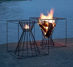 fire basket - movable  can put a grate on top for cooking