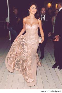 Selena Gomez's Dress